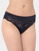 Triumph Amourette Charm Tai Brief